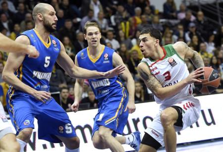 В пятницу, 15 января, баскетболисты подмосковных «Химок» обыграли испанскую «Басконию» в домашнем матче Евролиги.