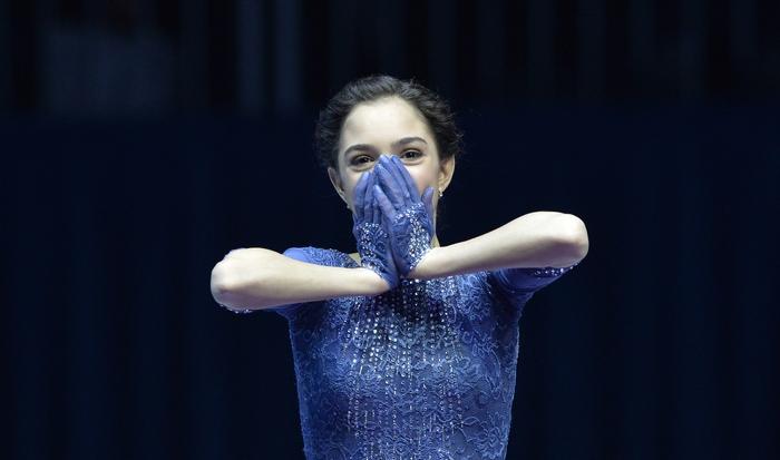 Евгения Медведева. Фото: SAMUEL KUBANI/AFP/Getty Images