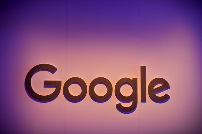 корпорация Google, Apple, iPhone