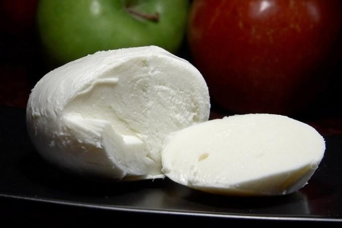 Сыр «Итальянская моцарелла». Фото: Jon Sullivan /ru.wikipedia.org/Public domain