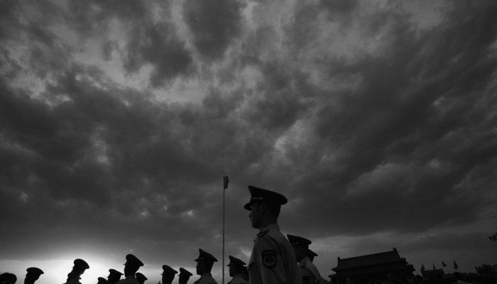 Китайские власти готовят народ к большим переменам