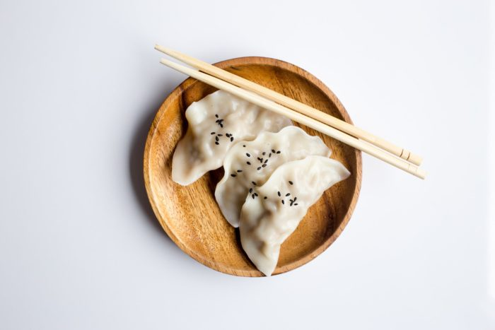 Китайский столовый этикет: восемь «нельзя»