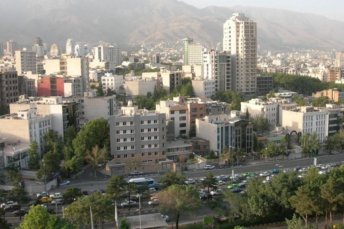 «Добрые стены»: как в Иране помогают бездомным перезимовать