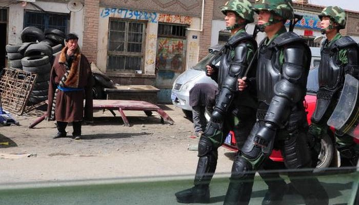 Власти Китая продлили программу идеологической обработки тибетцев