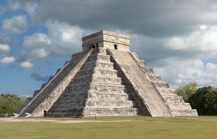 Пирамида Кукулькана. Фото: Fcb981/wikipedia.org/CC BY-SA 3.0