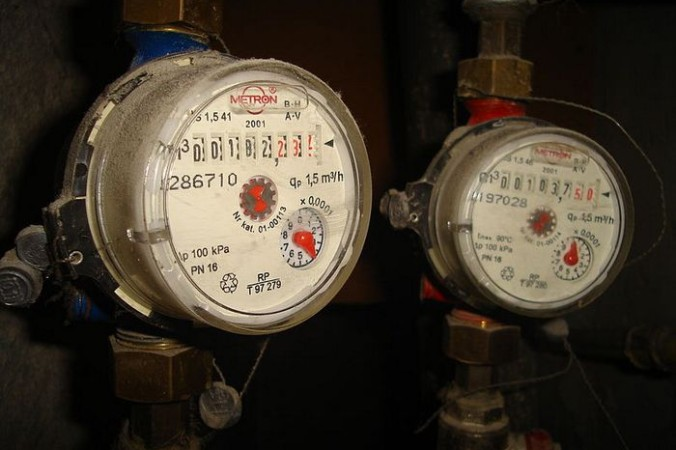 800px-Complete_of_water_meters-676x450