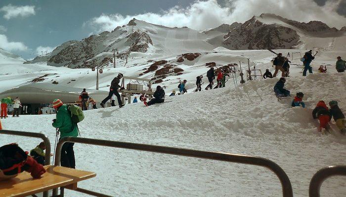 Домбай — прекрасный горнолыжный курорт