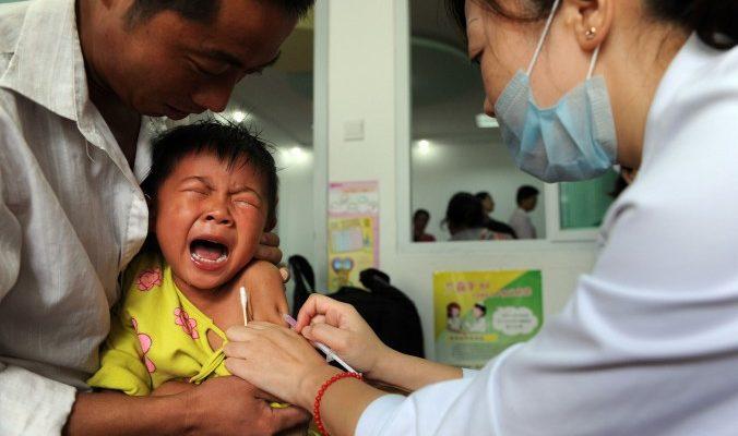 В Китае торгуют фальшивыми вакцинами