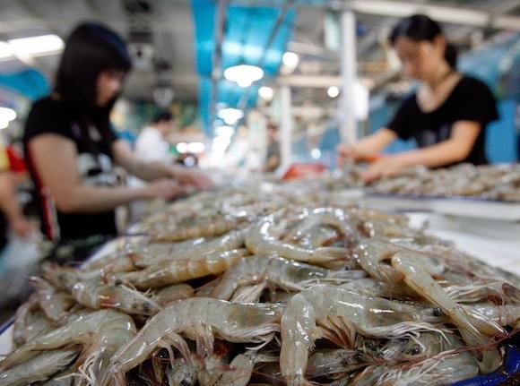 Креветки на рынке в Пекине. Фото: Teh Eng Koon/AFP/Getty Images