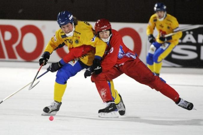 сборная РФ по хоккею с мячом
