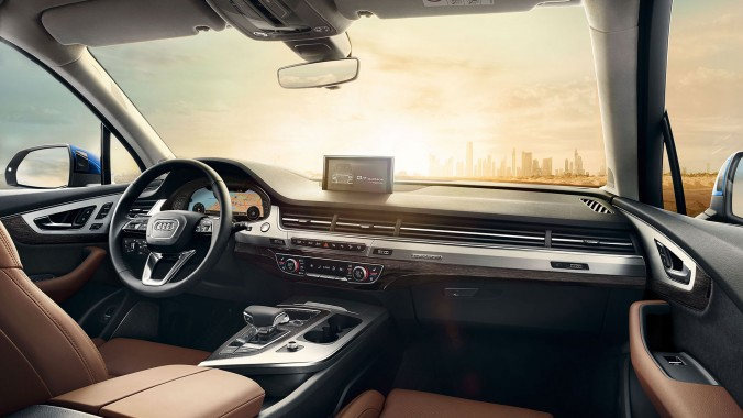 Интерьер Audi Q7 2017. Фото: Audi