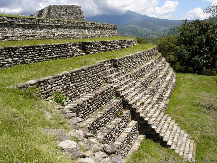 Руины древнего города майя Мишко-Вьехо. Фото: Fernando Reyes/wikipedia.org/CC BY 2.0