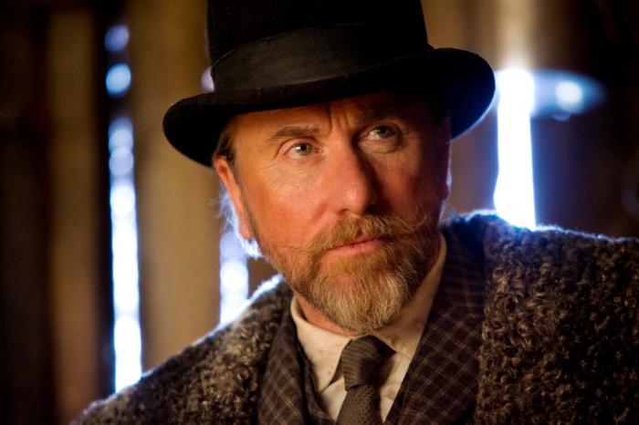 Тим Рот в роли Освальдо Мобрэя «Омерзительная восьмёрка». Фото: Andrew Cooper/SMPSP/The Weinstein Company