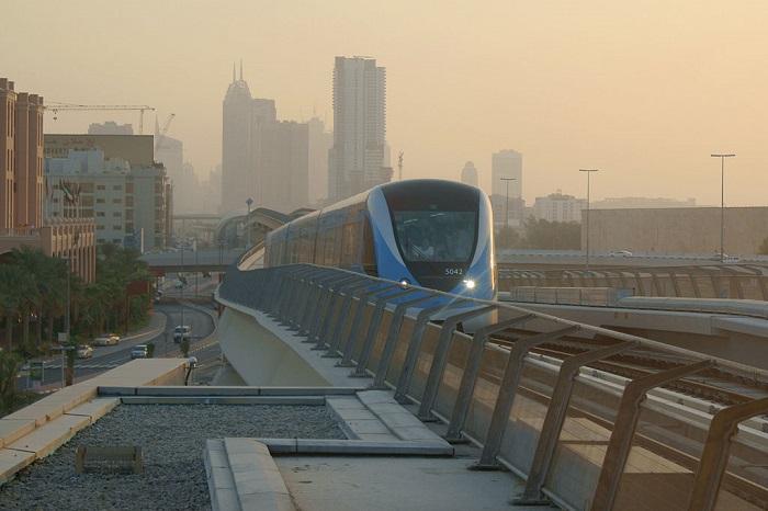 автопилот метро Дубаи