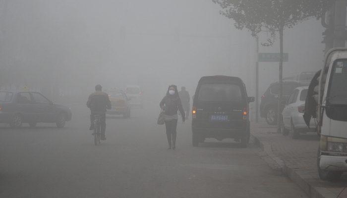 На Новый год китайские города снова погрузились в смог