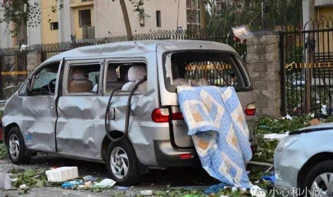 Курьёзы из Китая: как заставить китайскую милицию убрать брошенную машину