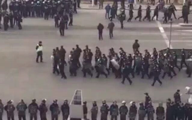 В Китае милиция устроила террор в деревне, выступившей против коррупции