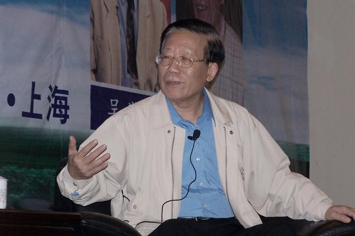 Чжоу Жуйцинь, бывший заместитель главного редактора газеты «Жэньмин жибао». Фото с epochtimes.com