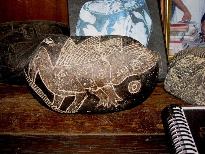 Динозавр на камне Ики. Фото: Brattarb/wikipedia.org/wikipedia.org