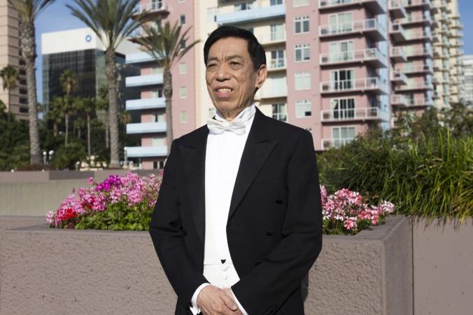 Тенор Гуань Гуйминь после концерта Shen Yun Performing Arts в Лонг-Бич, Калифорния,  19 марта 2016 г. Фото: Michael Ye/Epoch Times