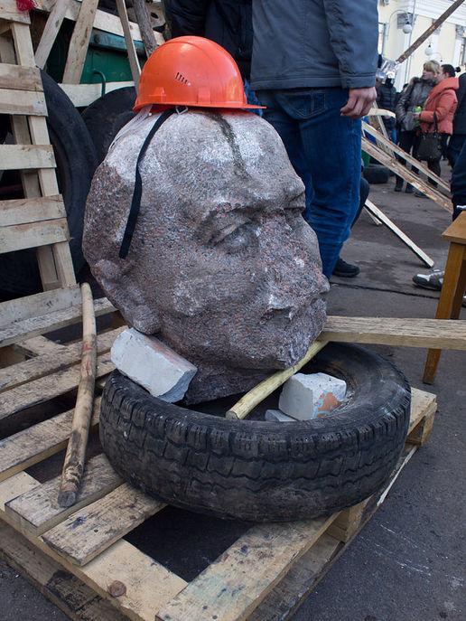 Голова памятника Ленину в Житомире. Фото: Andriy Makukha/wikipedia.org/CC BY-SA 3.0