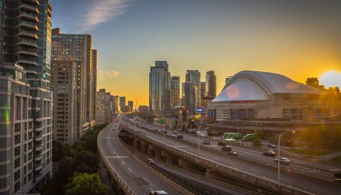 В 2016 году продолжится спрос на квартиры в Торонто — Baker Real Estate