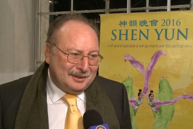 Фуад II, последний король Египта, посетил концерт Shen Yun в Женеве 25 февраля 2016 г. Фото: Courtesy of NTD Television