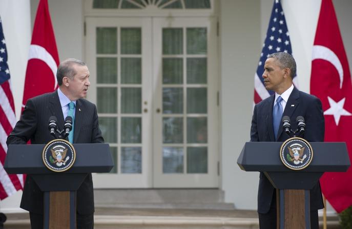 Барак Обама и Реджеп Тайип Эрдоган на встрече в Вашингтоне в 2013 году. Фото: SAUL LOEB/AFP/Getty Images