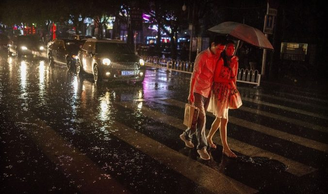 Китаец бросил будущего зятя на дороге из-за недостаточного выкупа невесты