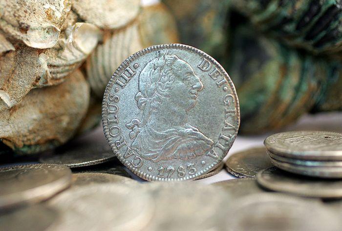 Клад испанских монет. Фото: Scott Gries/Getty Images for The Franklin Mint