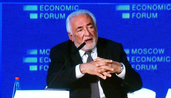 Доминик Стросс Кан, французский политик, бывший директор-распорядитель МВФ, о западном факторе развития России. МЭФ-2016