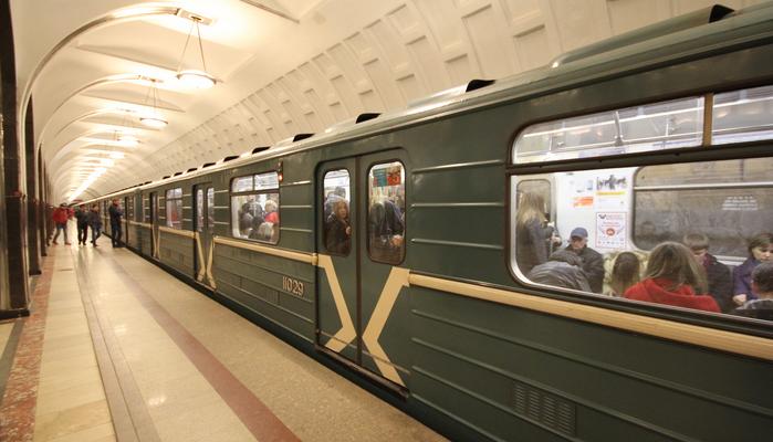 Метрополитен Москвы озвучил причину задымления на «Чеховской»