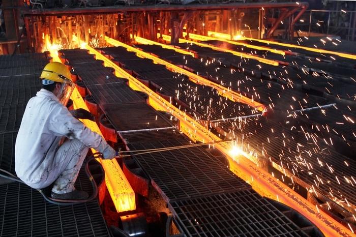 Сталелитейщиков Китая ожидает масштабное сокращение. Фото: ChinaFotoPress/ChinaFotoPress via Getty Images
