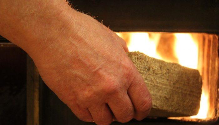 Топливные брикеты — хорошая альтернатива дровам