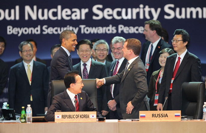 Дмитрий Медведев на саммите 2010 года в Сеуле. Фото: Yonhap News via Getty Images
