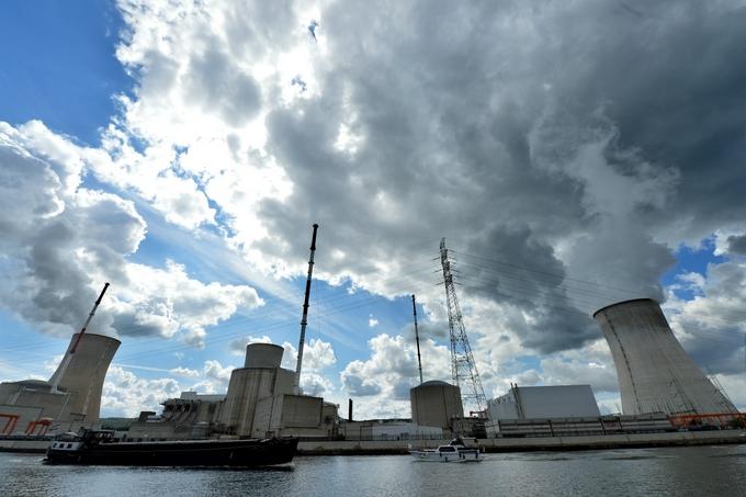 АЭС «Тианж» в Бельгии. Фото: ERIC LALMAND/AFP/Getty Images