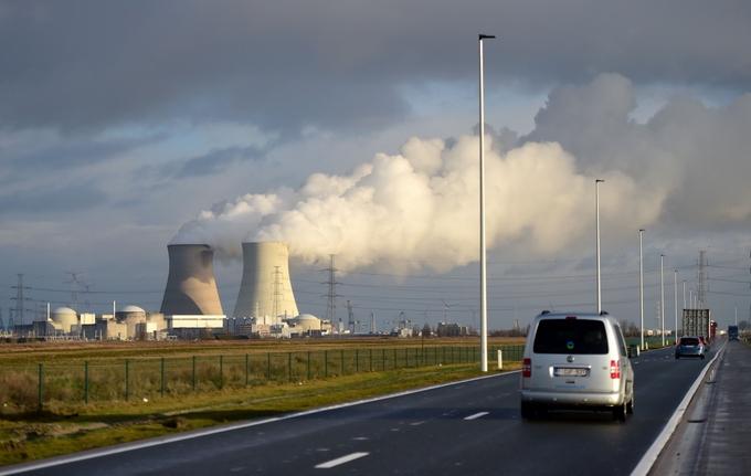 АЭС «Дул» очень беспокоит Германию, Нидерланды и Люксембург. Фото: EMMANUEL DUNAND/AFP/Getty Images