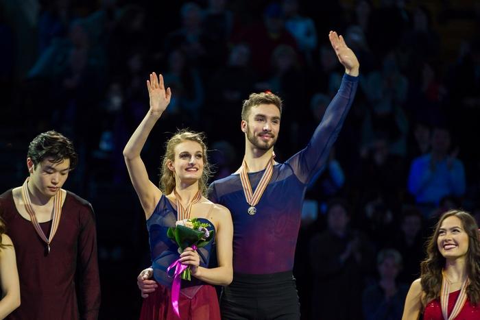 Французский дуэт Габриэлла Пападокис и Гийом Сизерон — двукратные чемпионы мира в танцах на льду, Бостон, США, 31 марта, 2016 год. Фото: GEOFF ROBINS/AFP/Getty Images