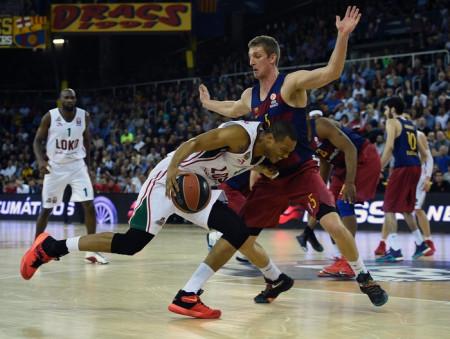 Третий матч плей-офф Евролиги между командами «Локомотив-Кубани» и «Барселоны», Испания, 19 апреля, 2016 год. Фото: LLUIS GENE/AFP/Getty Images
