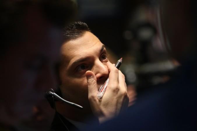 Трейдер на Нью-Йоркской фондовой бирже сразу после обвала в Нью-Йорке 13 октября 2008 года. Фото: Spencer Platt/Getty Images