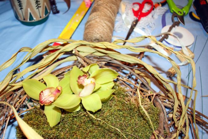 плетению из виноградной лозы