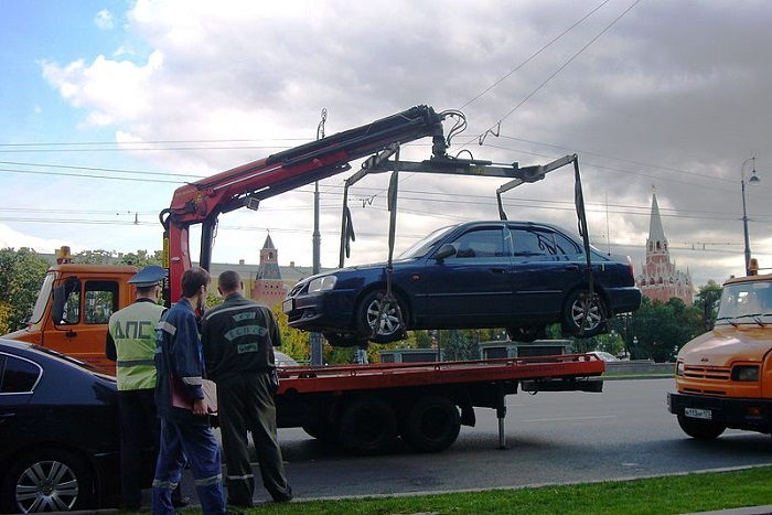 стоимость эвакуации автомобилей снизится осенью