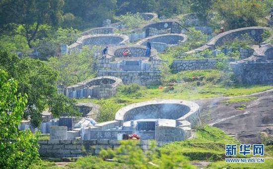 Практически достроенные усыпальницы в провинции Фуцзянь. Фото: via Xinhua