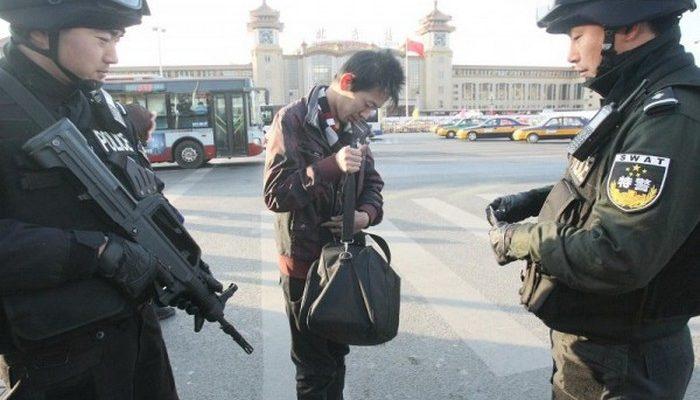 На сессии в Пекине были десятки переодетых в журналистов сотрудников спецслужб