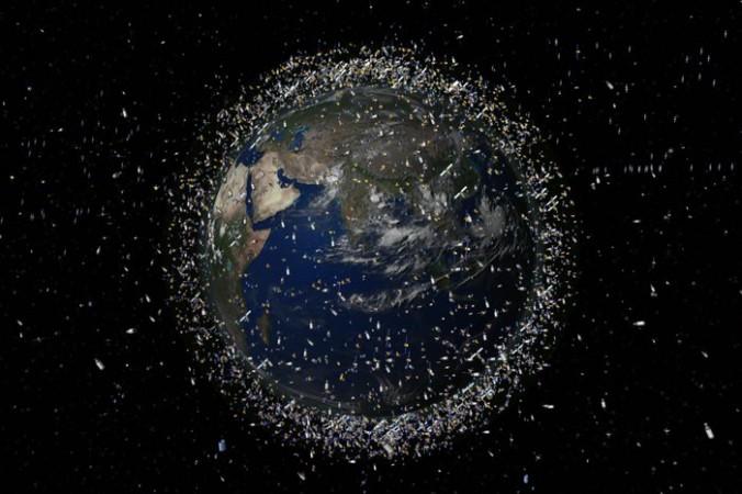 Космический мусор вокруг Земли. Фото: NASA