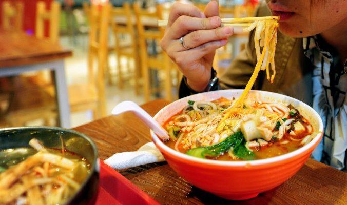 Креветки в формальдегиде, лапша с опиумом и другие опасные китайские продукты