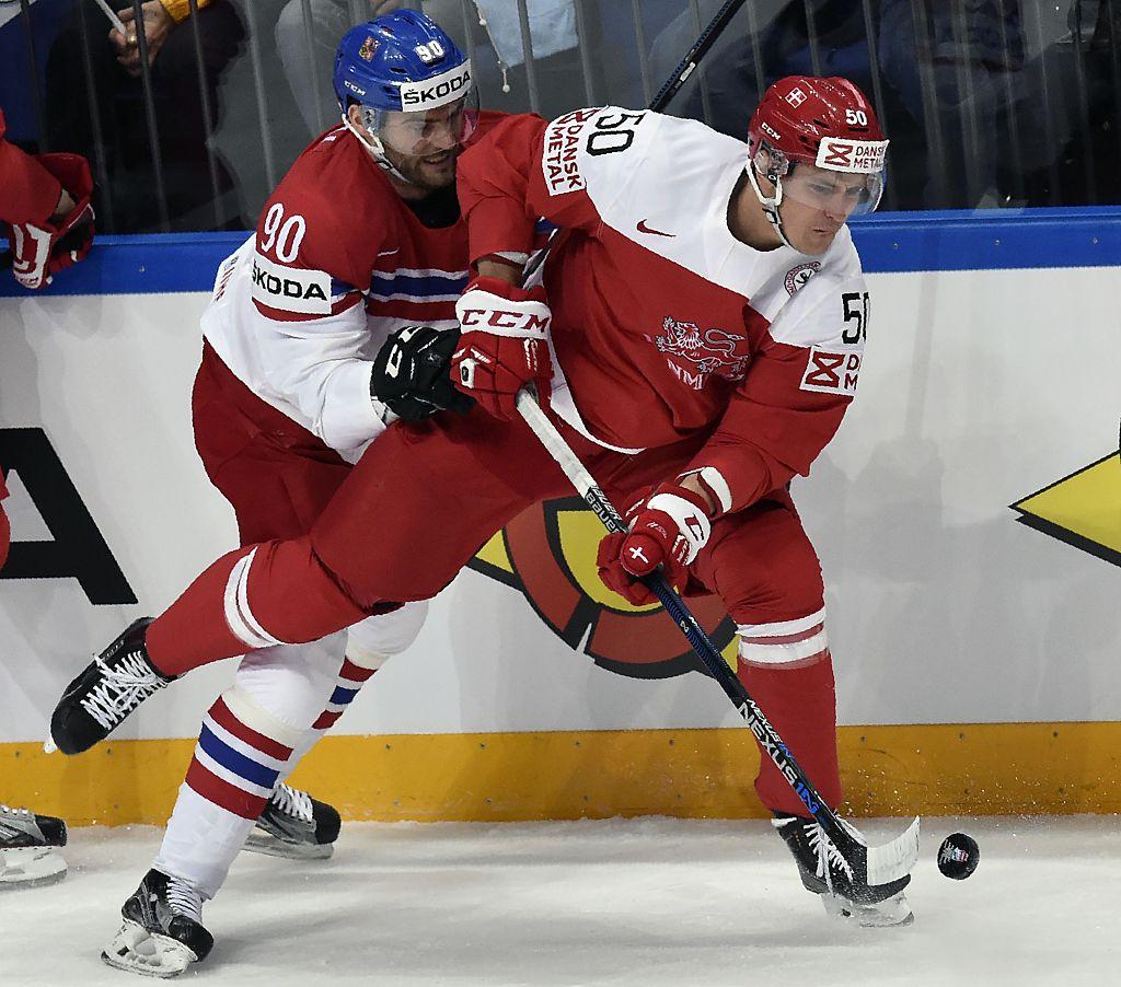 Матч 6-го тура между сборными Чехии и Дании на ЧМ по хоккею, 15 мая, 2016 год, Москва. Фото: YURI KADOBNOV/AFP/Getty Images
