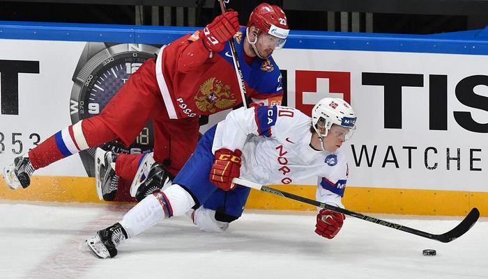 Матч сборных России и Норвегии на ЧМ по хоккею, Москва, 16 мая, 2016 год. Фото: YURI KADOBNOV/AFP/Getty Images