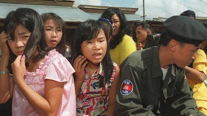 Молодые девушки, освобождённые камбоджийской полицией из сексуального рабства. Фото: GARY WAY/AFP/Getty Images