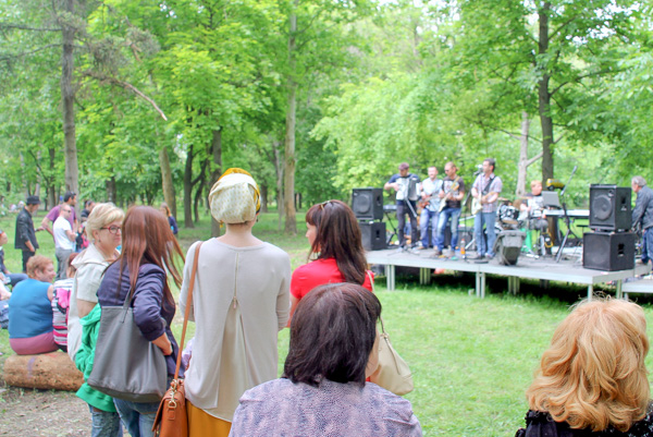 Музыкальная площадка. Городской пикник добра в Симферополе. Фото: Алла Лавриненко/Великая Эпоха